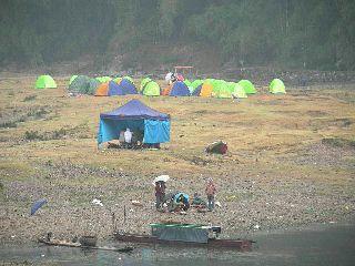 1029-tent-mura.jpg