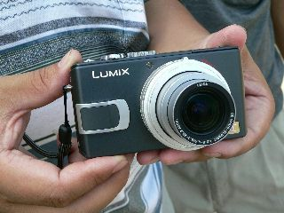 0902-Lumix-1.jpg