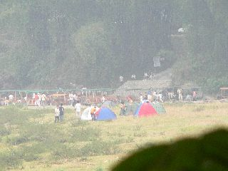 071003-tent-4.jpg