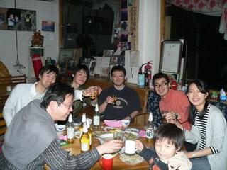 090405-6hito-kanpai-.jpg