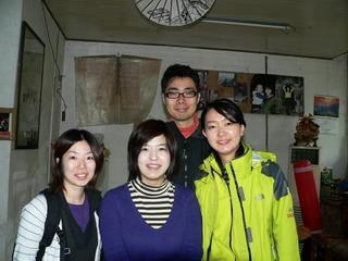 090406-KanTon-ShangHaiB-4hito-.jpg