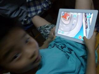 120521-iPad-1-.jpg