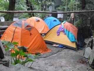 130406-tent-.jpg