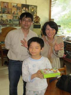 140501-Tani-kesigomu-cake-.jpg
